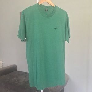 Young Men's Volcom T-shirt. Like new.